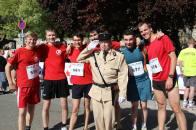 Petite photo d'avant course (avec le gendarme de Saint-Tropez !)